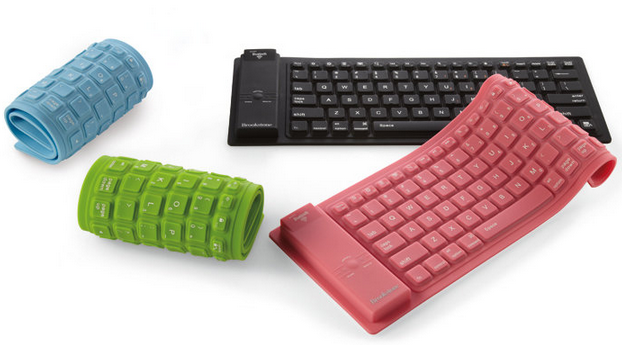 Gift for Bloggers: Roll-Up Bluetooth Keyboard